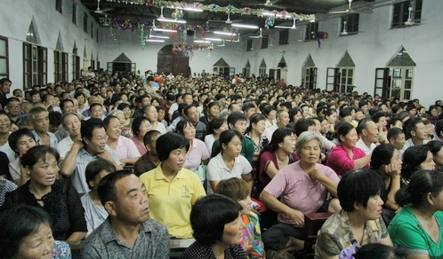 100 Christians, Including Children, Arrested During Major House Church Raid in China