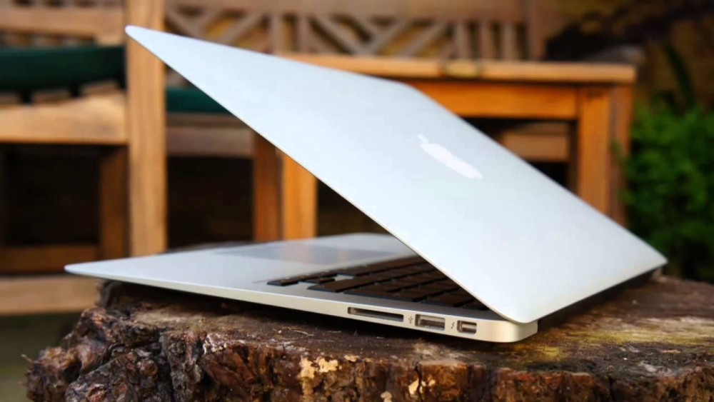 how to add email to macbook air