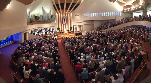 First Baptist Church to Ordain Gay, Transgender Ministers