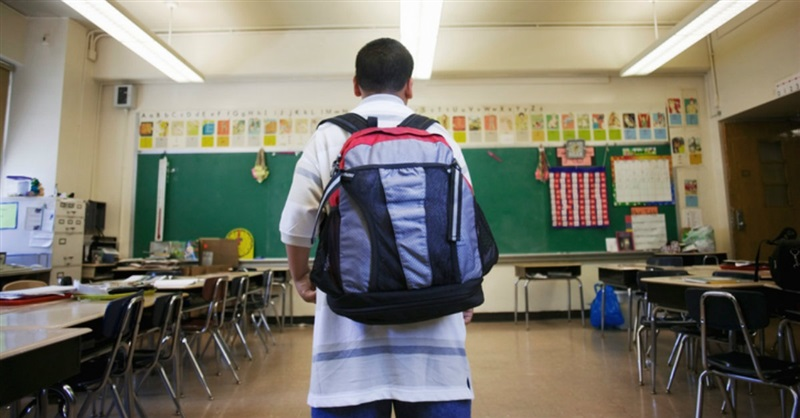 the issue of religion in public schools The misplaced fear of religion in classrooms many people, whether they are parents or lawmakers, seem surprised that it's legal to teach about different religions in public schools.